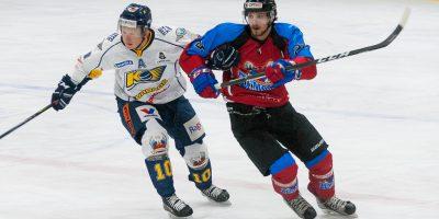 """Optibet hokeja līgas regulārā čempionāta spēle starp HK """"Zemgale/LLU"""" un HK """"Kurbads"""" Jelgavas ledus hallē 2018. gada 10. februārī."""