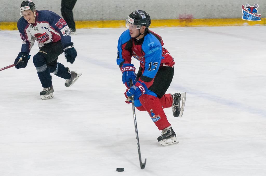 """Optibet hokeja līgas regulārā čempionāta spēlē 2017. gada 06. decembrī Jelgavas ledus hallē """"Zemgale/LLU"""" tiekās ar HK """"Prizma""""."""