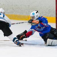 """LBJČH U11 B grupas komandu """"JLSS U11 B"""" un """"Jūrmalas SS"""" pirmā sezonas spēle, kurā jelgavnieki piekāpās ar rezultātu 0:7. Jelgavas ledus halle, 2018. gada 02. septembris. Foto: Ruslans Antropovs, rusantro.com"""