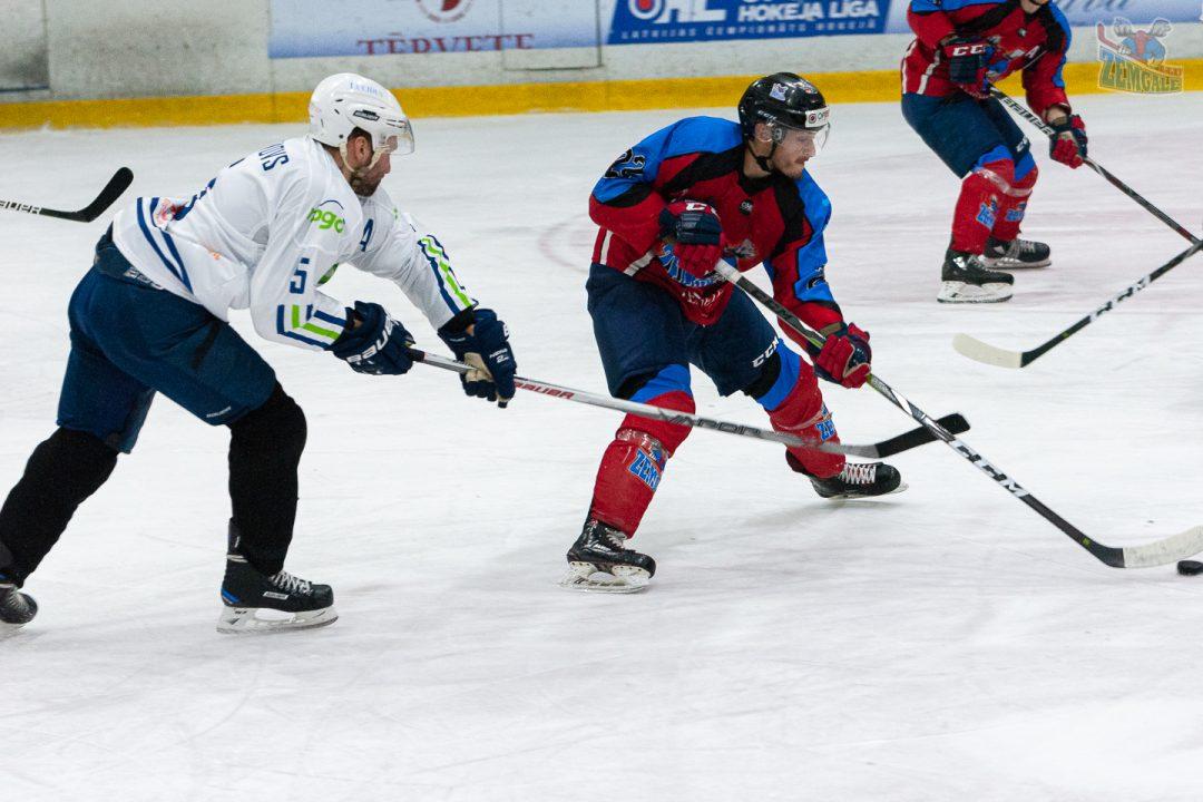 HK Zemgale LLU uzbrucējs Vladislavs Adeļsons 12.10.2019.